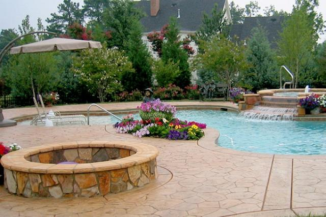 WaterFeatures39 - Backyard Oasis Pools